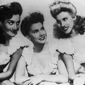 The Andrews Sisters — Ac-Cent-Tchu-Ate The Positive